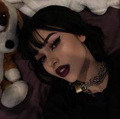 aesthetic makeup grunge grunge/aesthetic on Instag - aestheticmakeup Goth Makeup, Beauty Makeup, Hair Makeup, Makeup Eyes, Make Up Looks, Aesthetic Hair, Aesthetic Makeup, Alternative Makeup, Alternative Girls