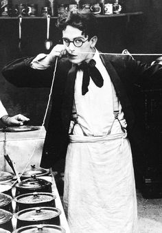 Harold Lloyd:  Could he be any cuter?