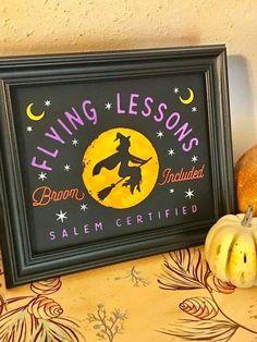 Chalk Crafts, Decor Crafts, Wood Crafts, Diy Crafts, Whimsical Halloween, Diy Halloween Decorations, Halloween Projects, Halloween Diy, Flying Lessons