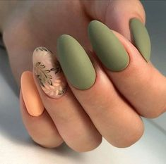 56 Perfect Almond Nail Art Designs for This Winter Almond nails for winter; Solid Color Nails, Nail Colors, Manicure Colors, Fall Manicure, Manicure Ideas, Classy Nails, Simple Nails, Almond Nail Art, Fall Almond Nails
