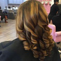 "437 Me gusta, 11 comentarios - TREANA (@tre_ismyname) en Instagram: ""silky straight  Natural hair Press Trim curls #atlsilkpress #instahair #hydrationtreatment…"""