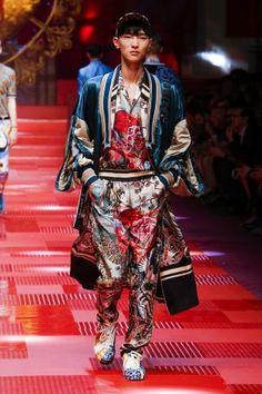 Dolce & Gabbana Spring Summer 2018 Man Fashion Shows | Dolce & Gabbana