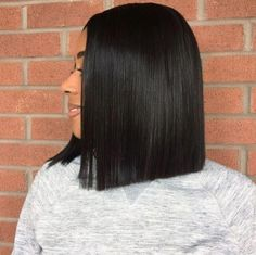 The best thing about blonde bob it looks flattering on any sort of haircut. Aside from that, bob haircuts are also incredibly simple to style. You should like lengthy bob for the outcome you would like. Blunt Bob Hairstyles, Straight Weave Hairstyles, Wig Hairstyles, Black Hairstyles, Short Haircuts, Natural Hair Styles, Short Hair Styles, Blonder Bob, Elegant Hairstyles