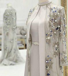 Abaya Style, Hijab Style, Abaya Fashion, Modest Fashion, Fashion Dresses, Stylish Dresses, Elegant Dresses, Beautiful Dresses, Beautiful Women