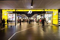 Ik zou het leuk vinden als ik bij JD stage kan lopen Melbourne Central, New Challenger, Popular Sneakers, Sports Apparel, Jd Sports, Retail Design, Sport Outfits, The Unit, Shoe