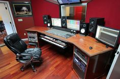 Undercaste Studios is dedicated to the art of recording, mixing and mastering Hip Hop / Rap, Pop, RnB and EDM. Home Studio Setup, Home Studio Music, Studio Ideas, Cool Bedrooms For Boys, Awesome Bedrooms, Recording Studio Desk, Music Production Equipment, Studio Headphones, Sound Studio