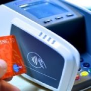 Contactloos betalen van start - Financieel - Meer - RetailTech