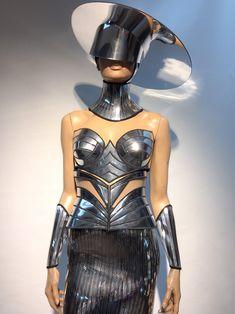 Brim Hat, Fedora Hat, 90s Fashion, Fashion Show, Fashion Design, Cybergoth, Look Cool, Bra Tops, Haute Couture
