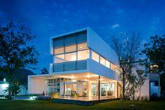 Casa en el Uro par le studio 7XA Architects à El Uro