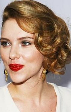 How to find the most flattering lip color to match your hair color like Scarlett Johansson: http://www.esalon.com/blog/flattering-lip-color/