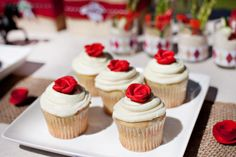Cute Run for the roses cupcakes!