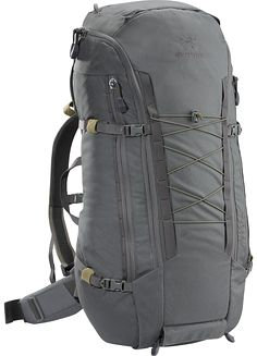 Khard 60 Pack A hybrid Assault/Patrol Pack capable of also carrying a carbine in a concealed manner.