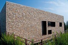 Villa unifamiliare a Manerba del Garda, Solarolo, 2009 - C  farinaro lepore architetti