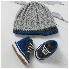 Baby High Tops Set with FREE Chevron Stitch Blanket pattern - MJ's off the Hook Designs Crochet Baby Sweaters, Crochet Baby Clothes, Newborn Crochet, Crochet Baby Hats, Baby Blanket Crochet, Crochet Converse, Booties Crochet, Easy Crochet Projects, Crochet Crafts