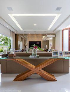 Sala de estar: Salas de estar modernas por Adriana Leal Interiores