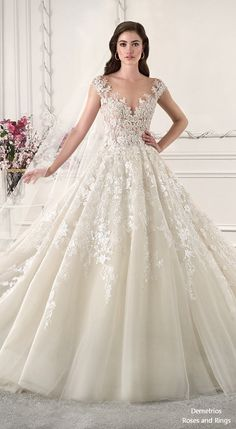 Lace Wedding Dress Flattering Mother Of The Bride Dresses For Plus Sizes Simple Wedding Ideas Unusual Wedding Dresses Casual Bridesmaid Dresses Unusual Wedding Dresses, Wedding Dresses Photos, Wedding Dress Sizes, Bridal Dresses, Wedding Gowns, Lace Wedding, Flapper Dresses, Grace Kelly Dresses, Casual Bridesmaid Dresses