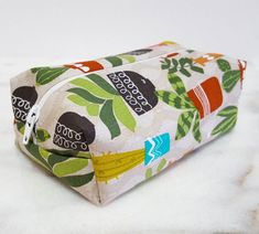 Cactus Succulents Makeup Bag, Cactus Print Round Makeup Bag, Succulent Print Bridesmaid Gift Bag, Greenery in Pots Cosmetic Bag Cactus Fabric, Bridesmaid Gift Bags, Cactus Gifts, Handmade Baby Gifts, Pencil Bags, Cactus Print, Travel Gifts, Large Bags, Makeup Bags