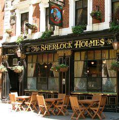 The Sherlock Homes pub, located in London between Trafalgar Square and Waterloo Bridge.