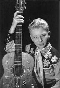 Jean-Philippe Smet en 1953 Johnny Haliday, Jean Philippe, Rock Français, Rock N Roll, Idole, Smet, Actors, Halliday, Young Celebrities