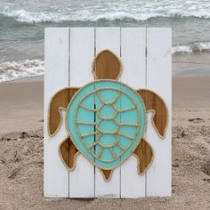 Handmade Turtle with Rope© Beach Pallet Art Coastal Decor Rope Art Turtle Art Pallet Art - Pallet beach signs - Pallet Crafts, Diy Wood Projects, Wood Crafts, Woodworking Projects, Woodworking Furniture, Furniture Plans, House Furniture, Woodworking Workbench, Fine Woodworking