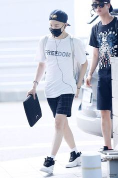 150715 BTS departing @ Incheon Airport otw to New York for the first TRB in US