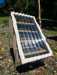 Build your own DIY Food Dehydrator using Solar Power. Step by Step instructions and photos. Food and Seeds can be safely dried using the sun