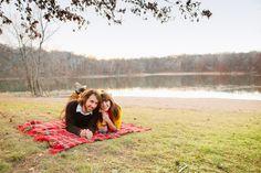 Minnesota fall engagement shoot. Love their blanket! Photo by Eileen K. Photography #eileenkphoto