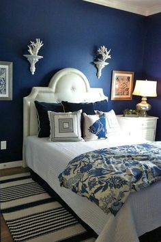 couleur de peinture de la chambre à coucher adulte marine