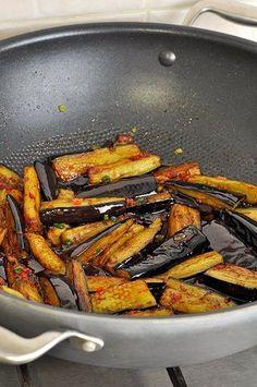 Баклажаны в остром чесночном соусе - Простые рецепты Овкусе.ру