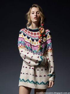 Sweter largo multicolor.  de Rie.