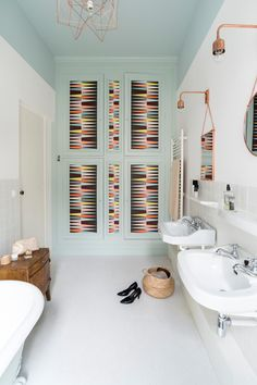 Дизайн-проекты ванных комнат: 80 современных и изящных вариантов реализации http://happymodern.ru/dizajn-proekt-vannyx-komnat/ Несколько видов освещения создадут уют и настроят на нужную обстановку