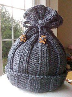 Rib-Knit Baby Hat pattern by Jenny Sauselein – Knitting patterns, knitting designs, knitting for beginners. Baby Hats Knitting, Free Knitting, Knitted Hats, Simple Knitting, Baby Hat Knitting Pattern, Beanie Pattern, Loom Knitting Patterns, Knitting Projects, Crochet Patterns