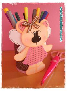 .::BAÚ DE LETRAS::. E.v.a. e Scrapbook Foam Crafts, Preschool Crafts, Diy And Crafts, Crafts For Kids, Arts And Crafts, Paper Crafts, Pot A Crayon, Diy Y Manualidades, Back To School Gifts