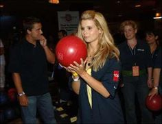 Bowling Joanna Garcia, Bowling, Exercise, Gym, Ejercicio, Excercise, Work Outs, Workout, Sport