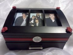 Added my own personal TVD touch to this jewelry box :-)