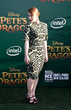 Bryce Dallas Howard Photos Photos: Premiere of Disney's 'Pete's Dragon'…