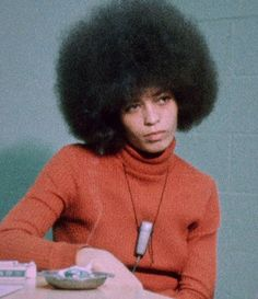I have always admired Angela Davis' afro, amongst other things. I adore this still from the Black Power Mixtape Her demeanor. Angela Davis, Women In History, Black History, Black Power Mixtape, Black Panther Party, Power To The People, Black Girl Aesthetic, Afro Punk, Black Is Beautiful