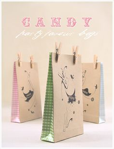 Love it !    http://www.eatdrinkchic.com/post.cfm/diy-stylish-party-favour-bags-free-templates