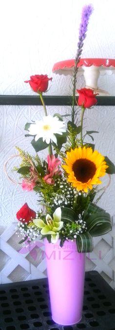 Buen dìa, ya es viernes y que mejor manera de empezar el dìa que recibiendo estas frescas flores!