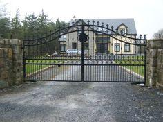 Driveway gates. .***