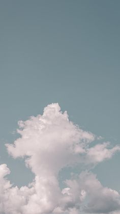 High clouds photo by eberhard grossgasteiger ( on Unsplash Clouds Wallpaper Iphone, Simple Iphone Wallpaper, Cloud Wallpaper, Pastel Wallpaper, Aesthetic Iphone Wallpaper, Wallpaper Backgrounds, Nike Wallpaper, Desktop Wallpapers, Bts Wallpaper