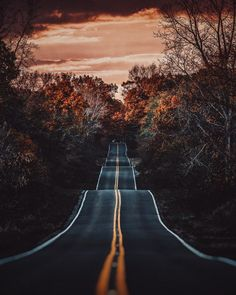 Fascinating and atmospheric landscape photography by Bryan Minear - Landschaftsbau Beautiful Landscape Photography, Scenery Photography, Photography Jobs, Artistic Photography, Concert Photography, Photography Classes, Fall Nature Photography, Aesthetic Photography Nature, Photography Hashtags