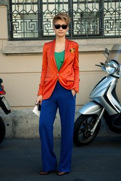 Create a Stylish Outfit with Split-Complementary Colors rot outfit Color Blocking Outfits, Split Complementary Colors, Orange Blazer, Zara Shirt, Fashion Colours, Look Cool, Magenta, Cobalt Blue, Blue Green