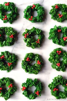 Marshmallow Christmas Wreaths recipe from justataste.com #recipes #christmas #holidays
