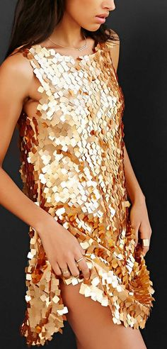 Sparkly gold shift dress http://rstyle.me/n/tyhdwn2bn