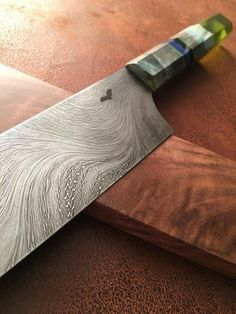 Kitchen Cutlery, Kitchen Knives, Crossbow Hunting, Hunting Gear, Cool Knives, Survival Gear, Butcher Block Cutting Board, Blacksmithing, Cool Stuff