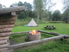 Camping in Sweden with Tentipi