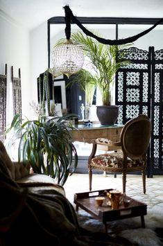 Extraordinary Interiors by Rockett St George 1930s House Interior, Grey Interior Doors, Cafe Interior, Home Design, Interior Design, Interior Paint, Luxury Interior, Dark Home Decor, Rockett St George