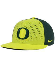 fa20ceccdc1 Nike Oregon Ducks True Seasonal Snapback Cap Men - Sports Fan Shop By Lids  - Macy s