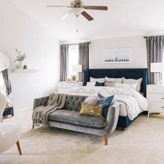 Best Practices for Renovating Master Bedroom Interior Design ~ Gorgeous House Decoration Bedroom, Home Decor Bedroom, Bedroom Ideas, Bedroom With Sofa, End Of Bed Sofa, Craftsman Bedroom Decor, Bedroom Decor Elegant, West Elm Bedroom, Indie Bedroom